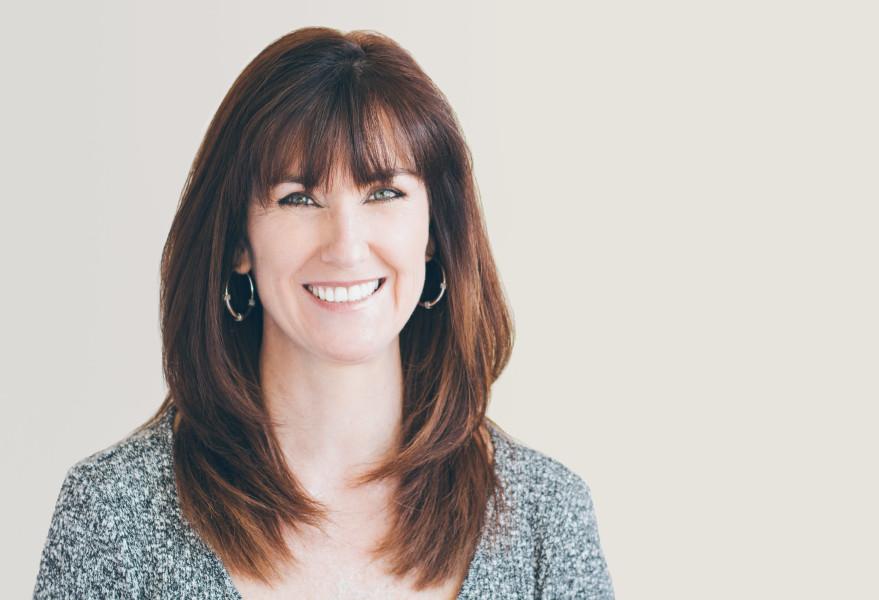 Realtor Headshot, Pam Henderson